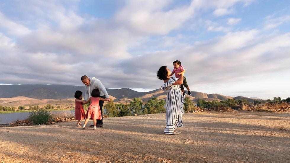 lifestyle-family-photographer-otay-mesa-