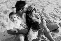 emotive-family-photographer-coronado-bea