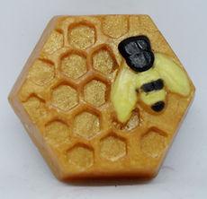 Melt n pour soap (1).JPG