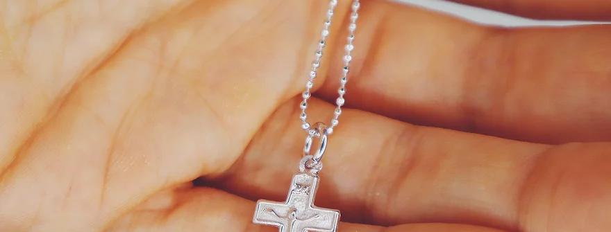 Crucifix Pendant, Silver