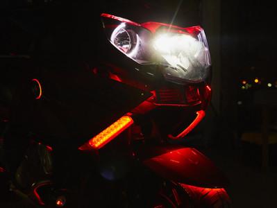 Подсветка и фронтальная акустика BMW GT 2015