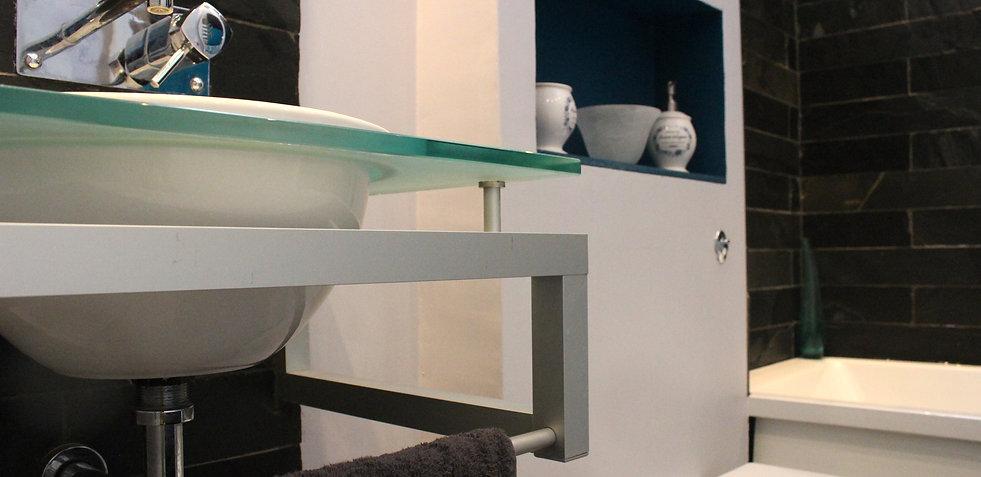 Modern blue bathroom