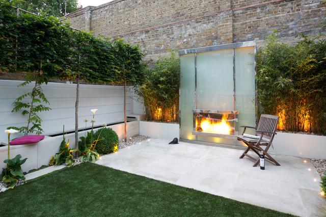 Modern garden with fireplace