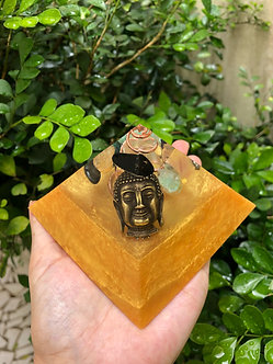 Pirâmide G Buda