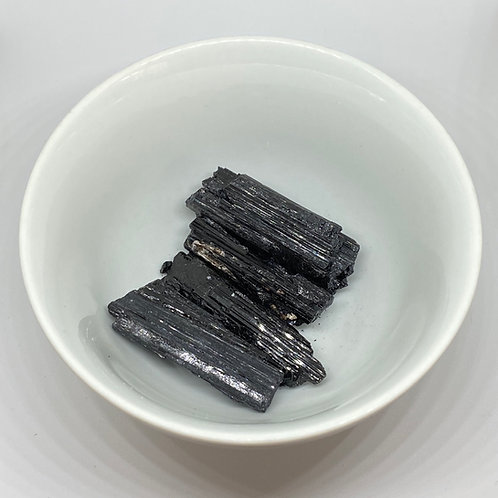 Turmalina Negra Bruta - M