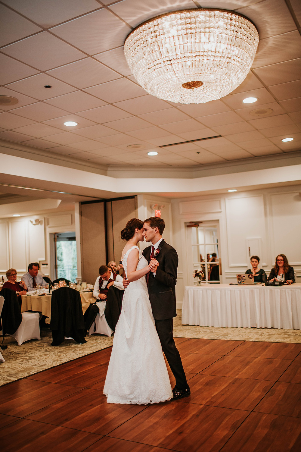 woodland country club ballroom, bride and groom's first dance