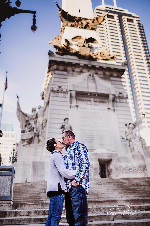 Indianapolis Photographer, Wedding Photographer, Monument Circle Engagement