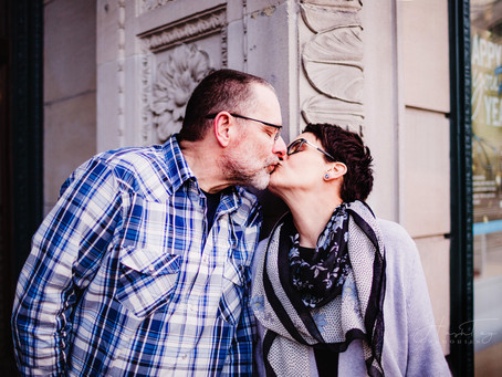 Monument Circle Engagement Session with Natalee & Jim | Indianapolis Wedding Photographer