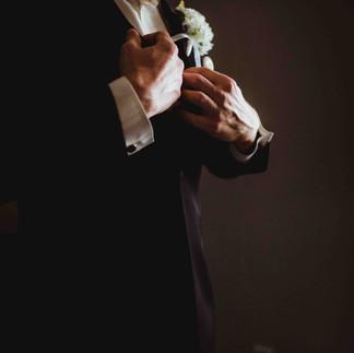 groom in groom suite getting ready