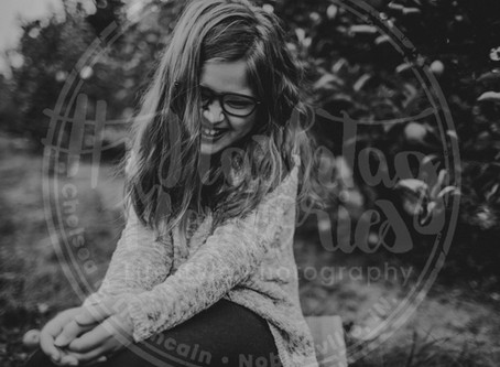 Indy Family Photography | Fall Mini Session | Tuttles Orchard | The Wachowski Sisters