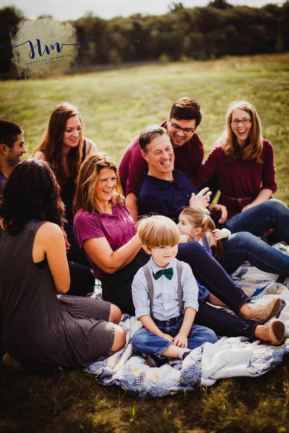 fall field family photos with large group in fishers indiana