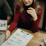 woman-holding-clipboard-3205566.jpg
