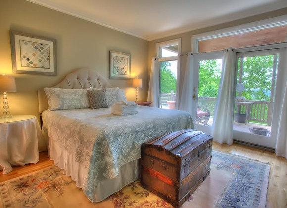 King Master Bedroom Suite- Main Level