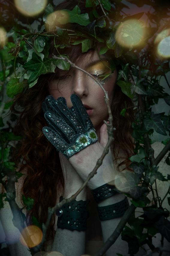 Eglantine mini gloves