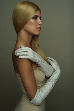 Carmelly ivory gloves