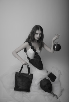Model with SCOBY-compo bags