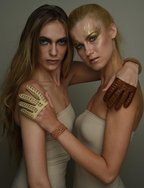 Sabiha mini gloves, Leeanne bracelet