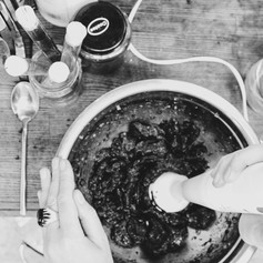 05. Riina Oun - blending inredients toge