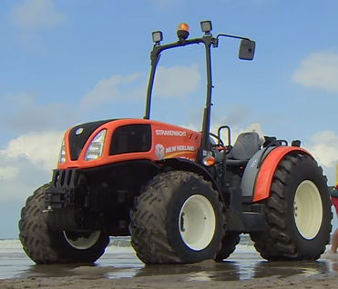 Traktor strandwacht Hoek van Holland.JPG