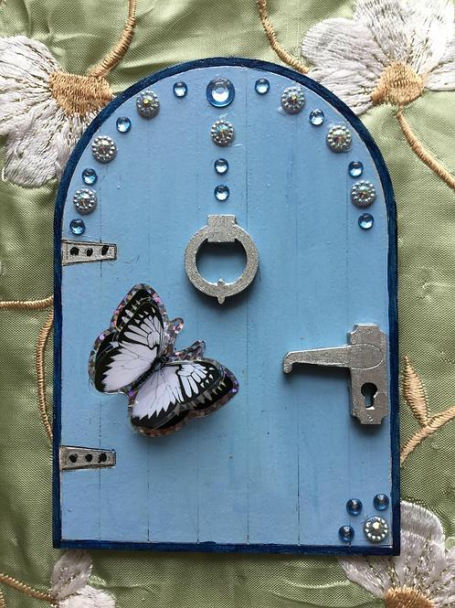 Basic Fairy Door With Butterfly & Gems