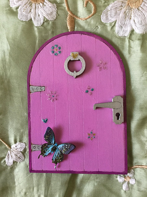Basic Fairy Door With Butterfly