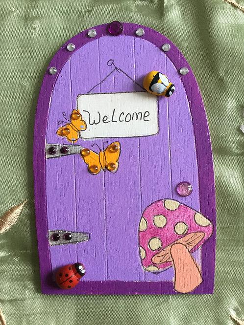 Basic Fairy Door With Bee & Ladybug