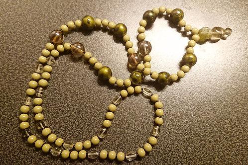 Olivgrüne - Mala - Gebetskette mit 108 Perlen