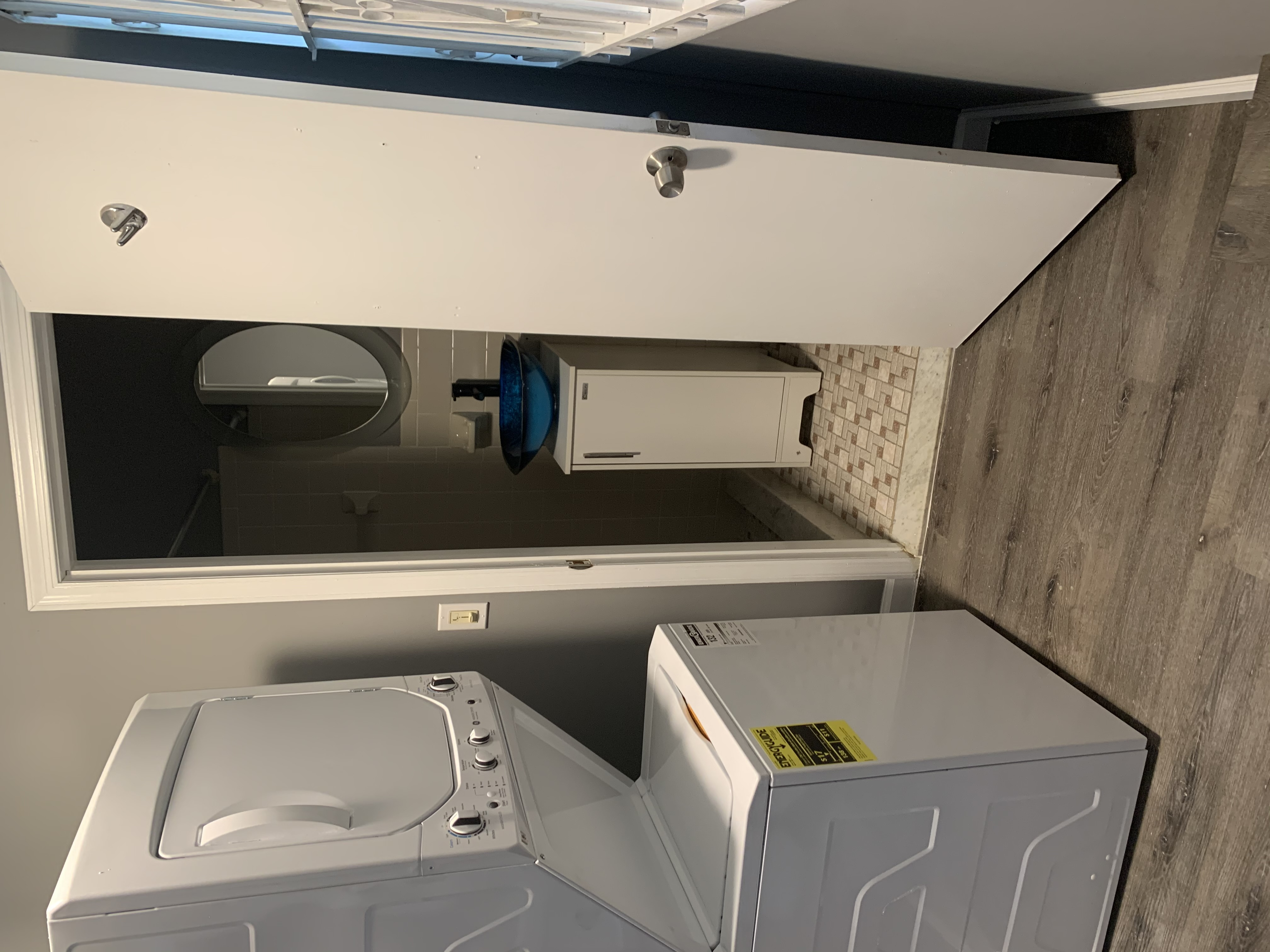 Laundry Center 2