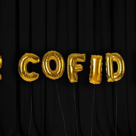 Adolygiad: Er Cofid 19