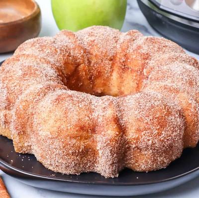 Apple Cider Doughnut Cake