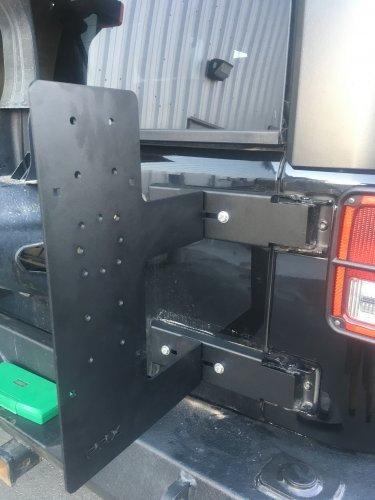 ROTOPAX Jeep Jk Tailgate Mount FX-JTM