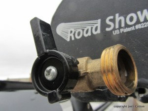 Road Shower 4 on/off elbow. RS2-12