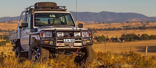 ARB 3412480 Black Deluxe full width bumper for Toyota Serie 79
