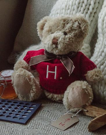 A small teddy bear Christmas gift