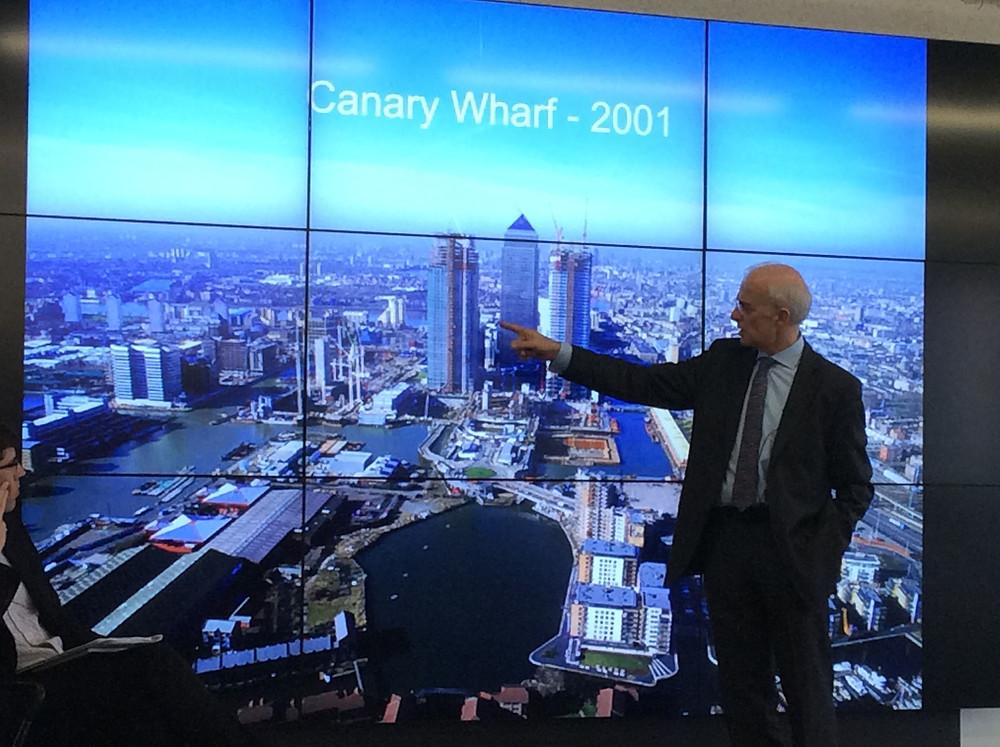 Canary Wharf 2001