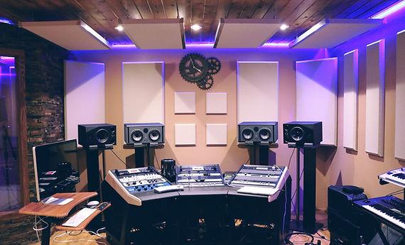 音楽レコーディングスタジオ