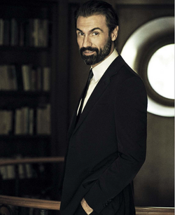Fabrizio Gifuni (GQ 2015)