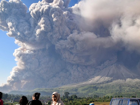 Indonesia's Sinabung volcano unleashes gas, smoke and ash in eruption