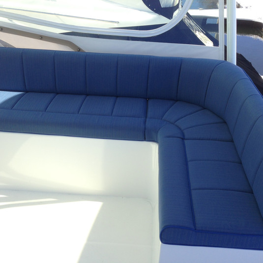 Cushions Fly bridge.JPG