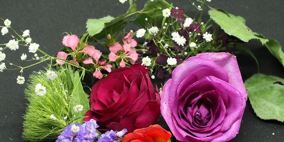 【WEB無料】香るバラのドライフラワーリースを作ろう