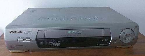 Aparelho de VHS Panasonic NV HD645