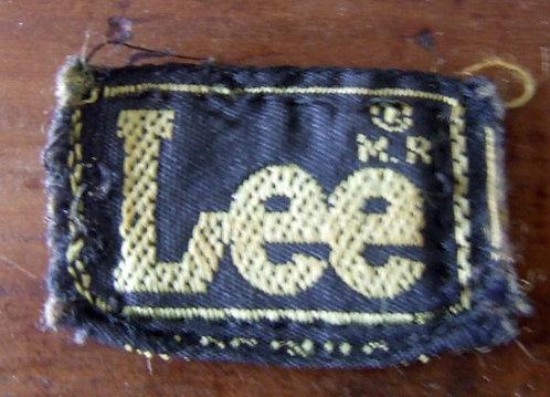 Etiqueta Lee M.R.