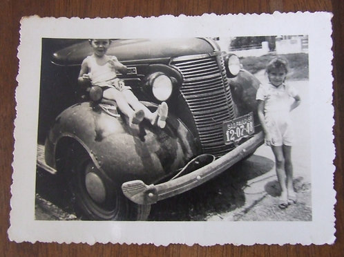 Foto Antiga - No Capô