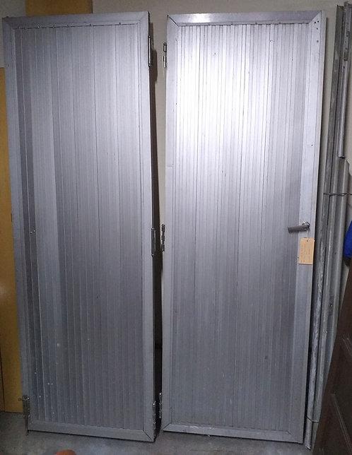 Porta Dupla de Alumínio