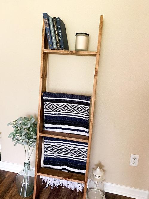 Provincial Blanket Ladder