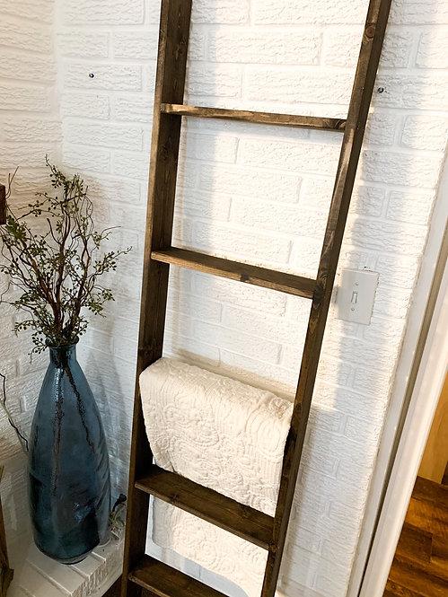 6 Foot Jacobean Ladder