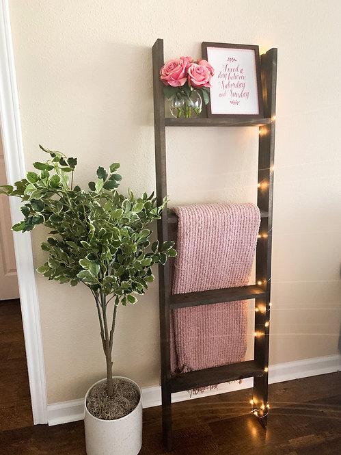 Jacobean Blanket Ladder