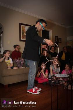 Linking Rings magic trick