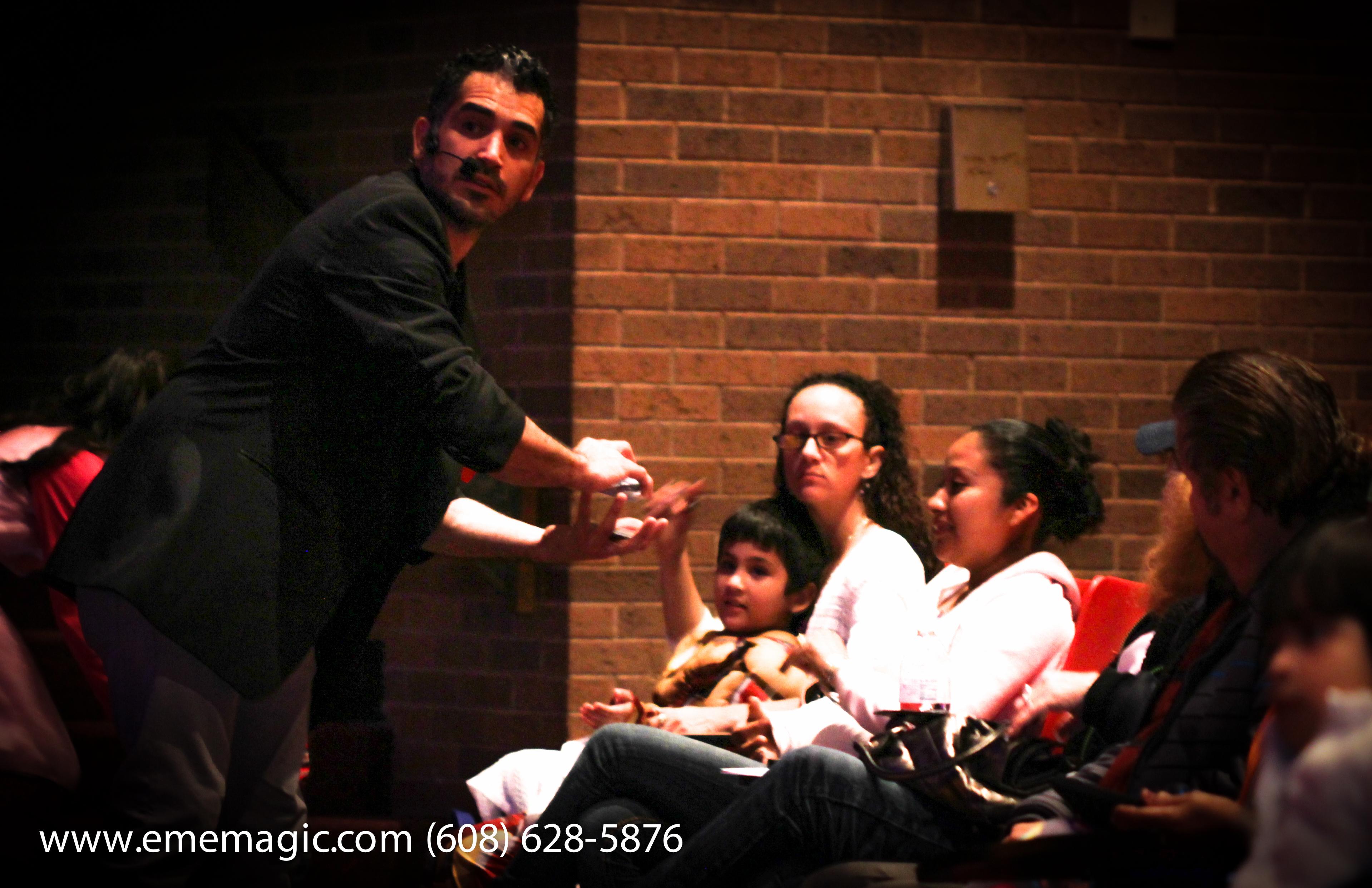EmE MaGiC - LATINO FAMILY EXPO 2015-31