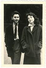 Claude et Jeanine Tresmontant au jardin du Luxembourg, 1959